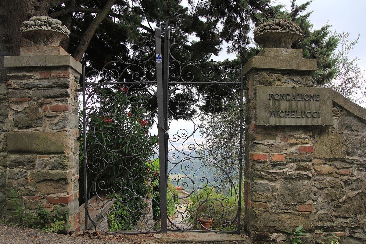 Guido N. Zingari, giugno2014, Fiesole. Discesa dalla Fondazione Michelucci verso Via Beato Angelico