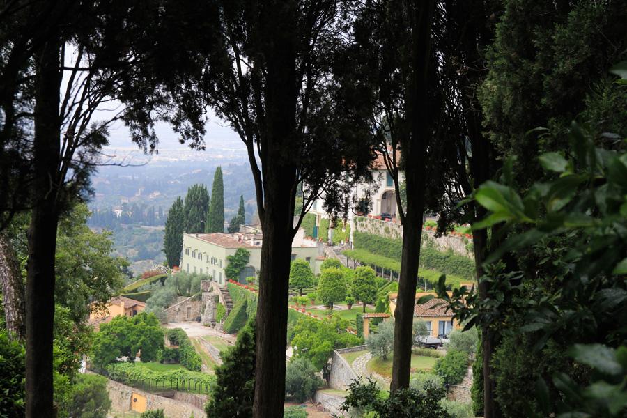 Guido N. Zingari, giugno2014, Fiesole. Vista di Villa Medici da Via Mantellini